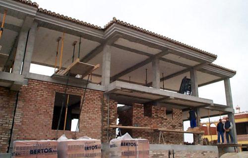 Edificio de viviendas. Padul. Granada